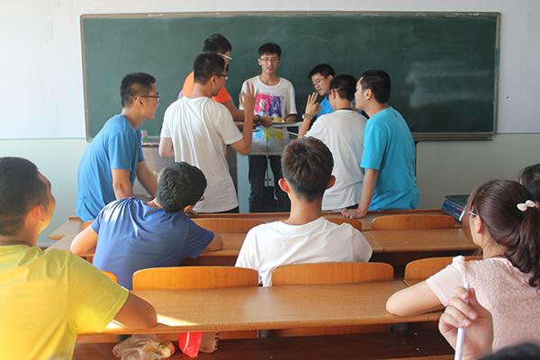 《土木工程导论》课程结构设计比赛成功举办